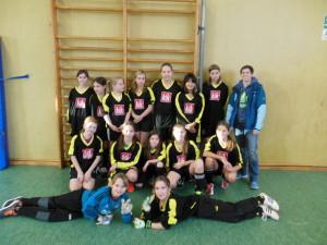 Mädchenmannschaft mit Fr. Winkler